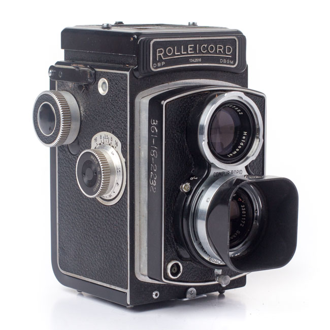 Refurbished-rolleicord-twin-lens-reflex-tlr-vintage-camera-59